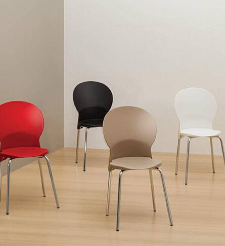 cadeira-luna-frisokar-soline-moveis-ambientada-600