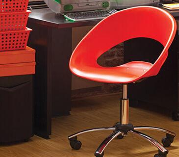 cadeira-one-giratorio-vermelha-fundo-ambientado-soline-moveis-rossi-400