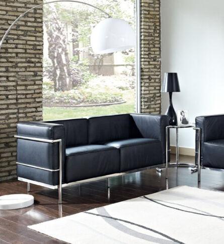 sofa-lc3-feminino-dois-lugares-le-corbusier-ambientada-600