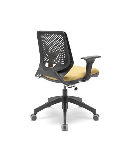 PX-cadeira-beezi-piramidal-regulavel-amarelo-preto-cromado-02